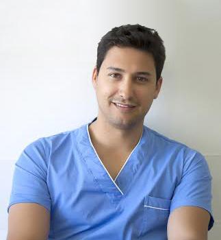 Dr.Esteban Castro Vega - Odontologo
